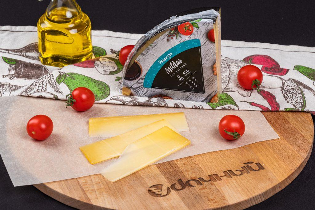 """Сыр """"Пармезан"""" 45%"""