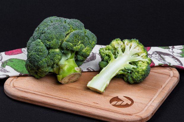 брокколи качан свежие овощи