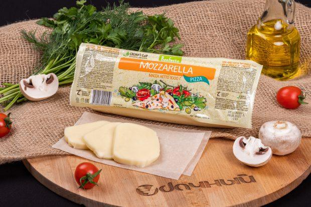 сыр моцарелла пицца