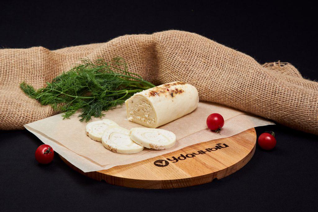 """Сыр """"Сулугуни"""" рулет с перцем 45%"""